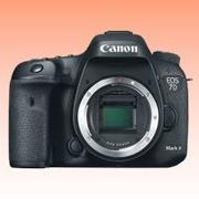 New Canon EOS 7D Mark II 2 Body Digital Camera (FREE INSURANCE + 1 YEAR AUSTRALIAN WARRANTY)